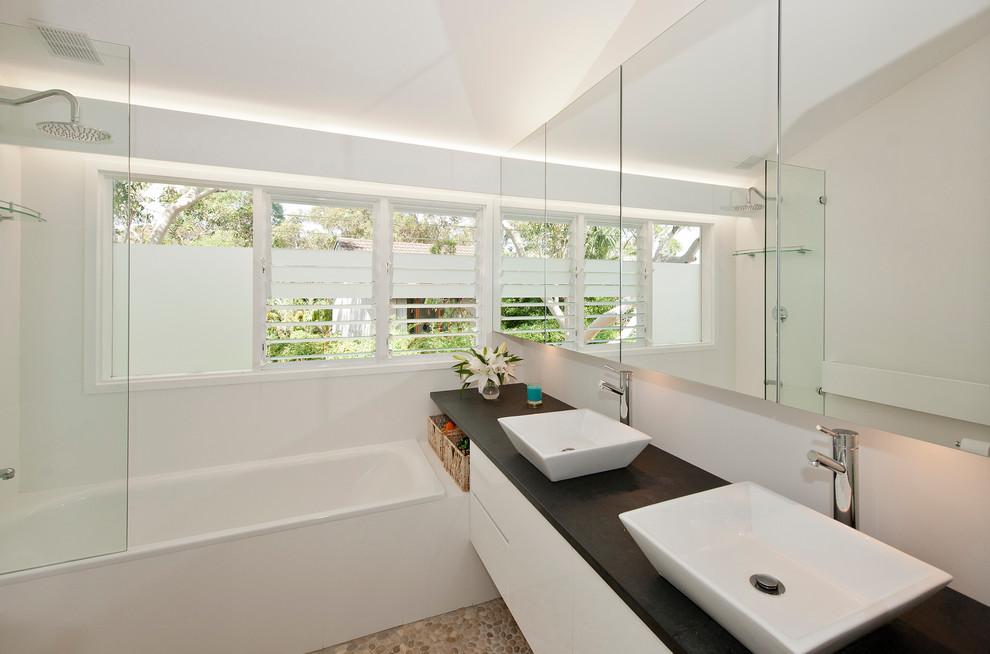 bathroom-shower-frosted-film-design